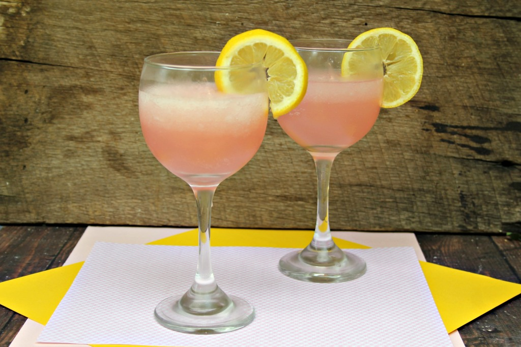 Frozen Pink Lemonade Rosé Cocktail 2