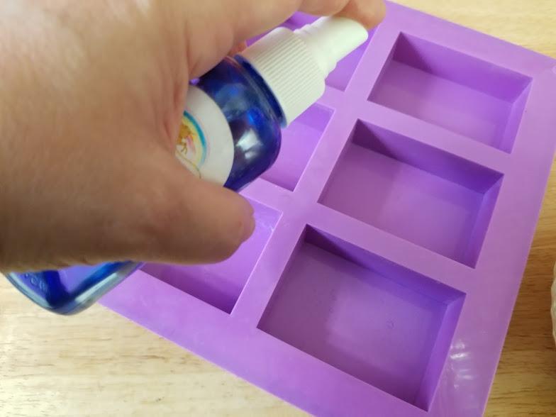 Easy Homemade Essential Oils Soap For Men Step 9