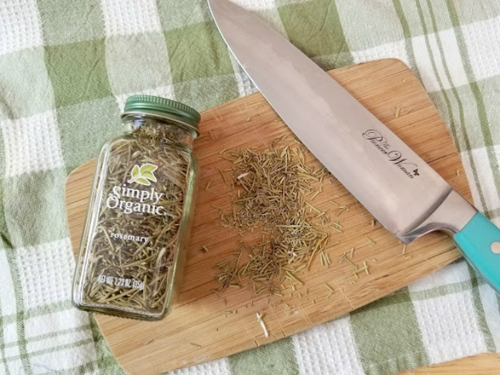 Lavender And Herb Essential Oils Soap Recipe step 1