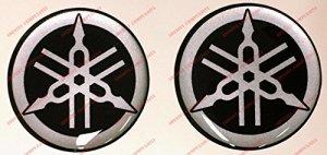 Emblème Logo Decal Stickers Yamaha, Paire, Résine Effet 3d. Couleur: Noir–Argent. Pour réservoir ou casque