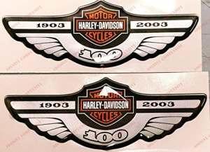 Emblème Logo Decal Harley Davidson, centenaire 1903–2003, Orange, couple Stickers, Résine Effet 3d. Pour réservoir ou casque.