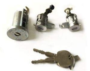 Cylindre d'allumage et clé de serrure de porte