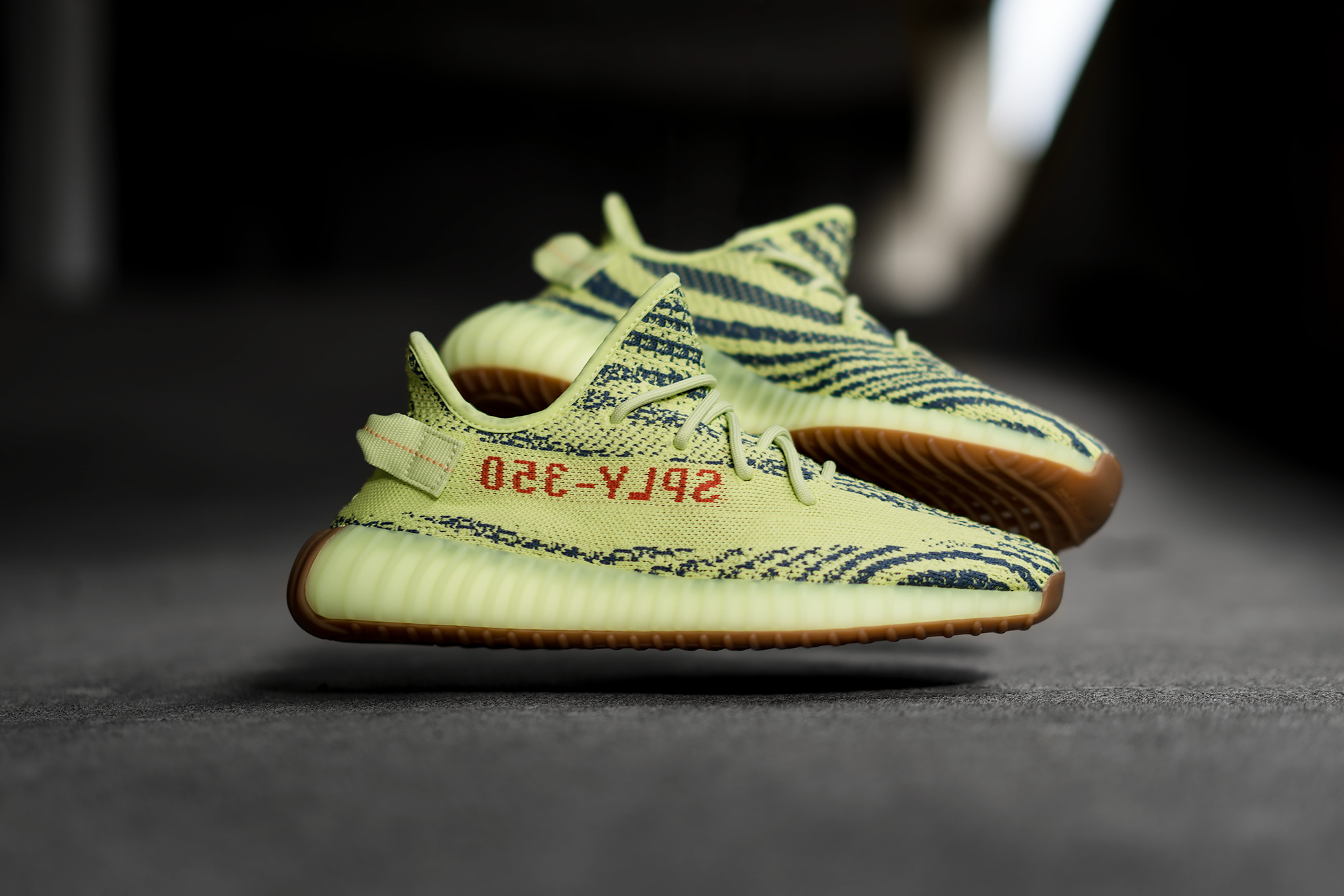 new style 14abf 337e9 Adidas Yeezy Boost 350 V2 Semi Frozen Yellow