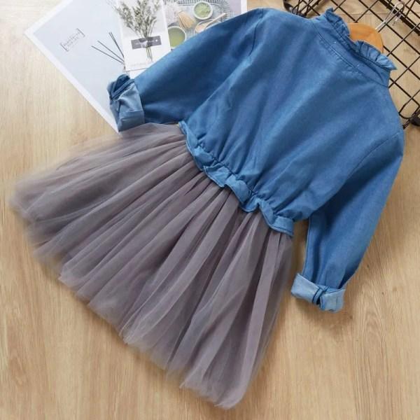 שמלת ג'ינס מעוצבת