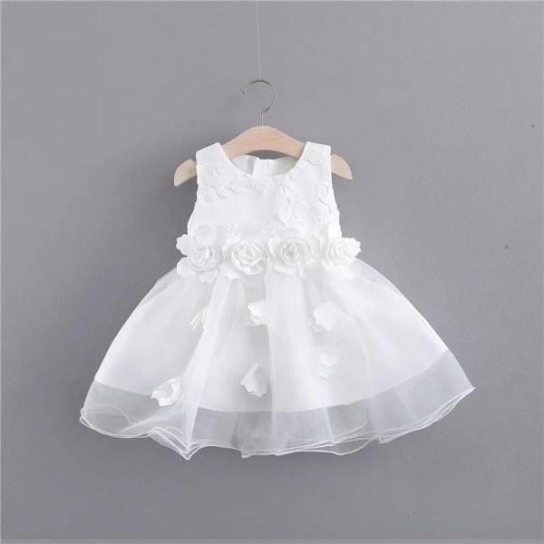 שמלת שושן צחור