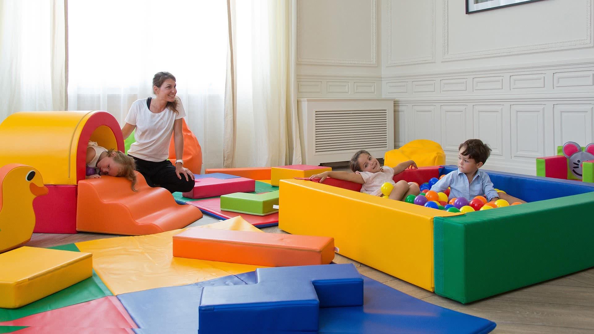 mobilier pour espace enfant