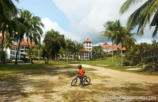 bintan-lagon-biking