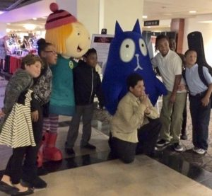 Peg and Cat attend the Mentoring Pittsburgh Gala. Photo: The Fred Rogers Company.