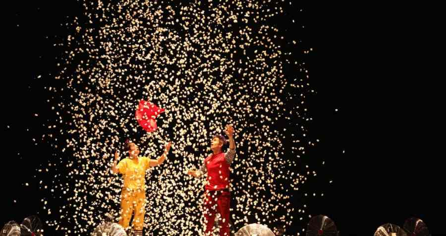 Air Play from Acrobuffos. Image courtesy of EQT Children's Theater Festival