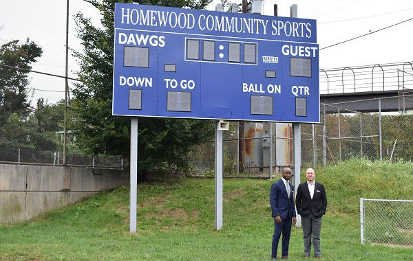Football great Curtis Martin returns home to give kids a safe place to play and grow in Homewood