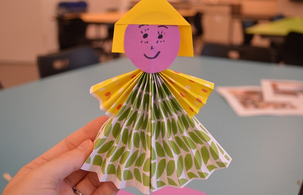 Maker Monday: Paper People