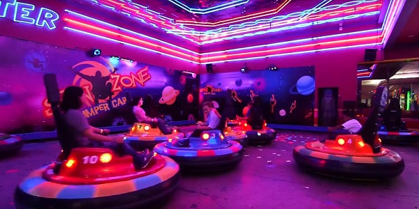 9 indoor thrill rides in Pittsburgh to race, spin or blast off!