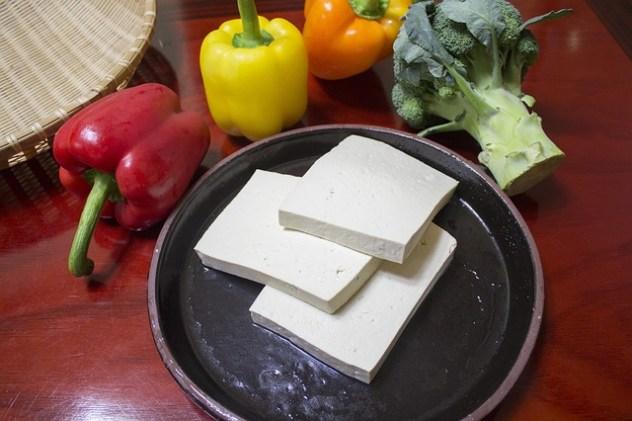slice-the-tofu-597229_640 ernährungsfalle