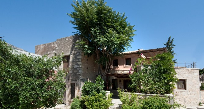 Kalimera Archanes – Traditional Houses