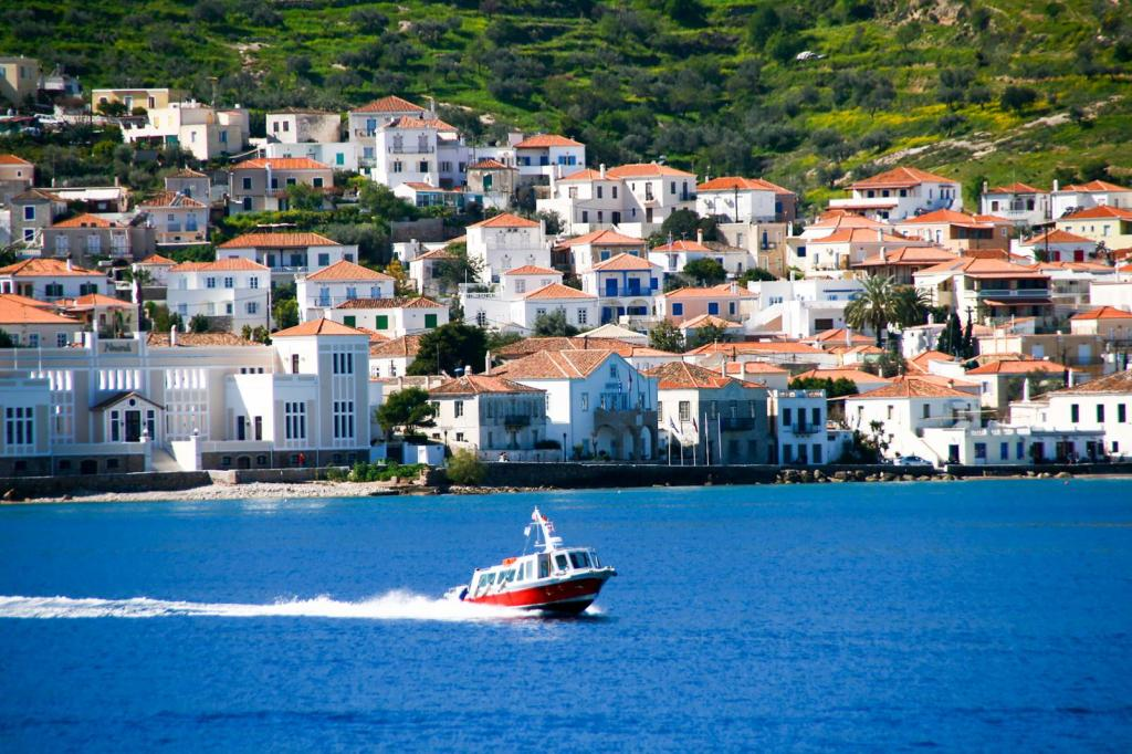 Spetses island for families