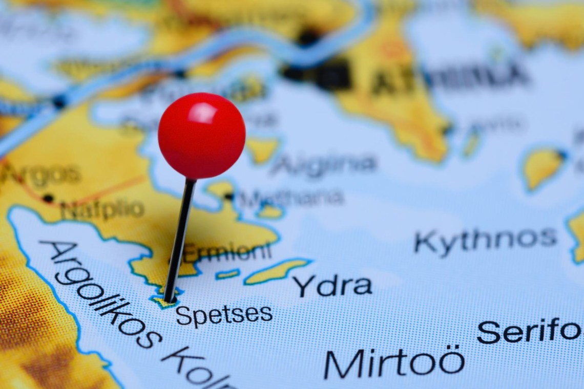 Spetses island pin on map