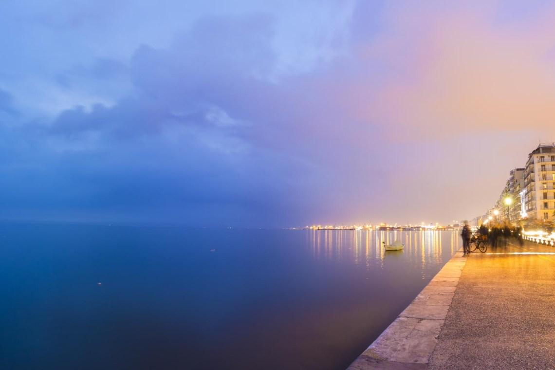 Thessaloniki pier at night