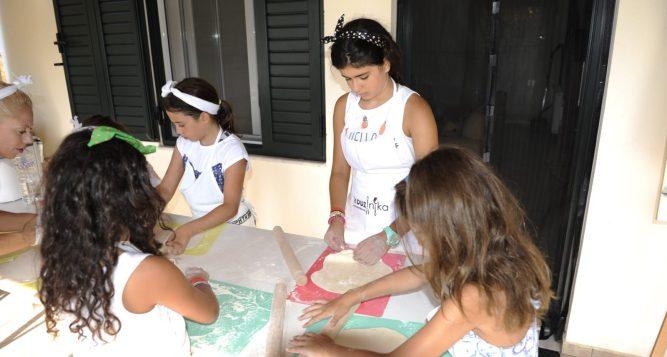 Greek Food Experiences with Kids Love Greece