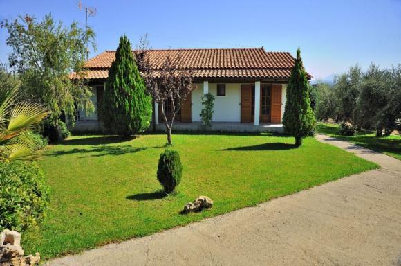 lefkothea family villas complex near the sea rethymno crete kids love greece accommodation families