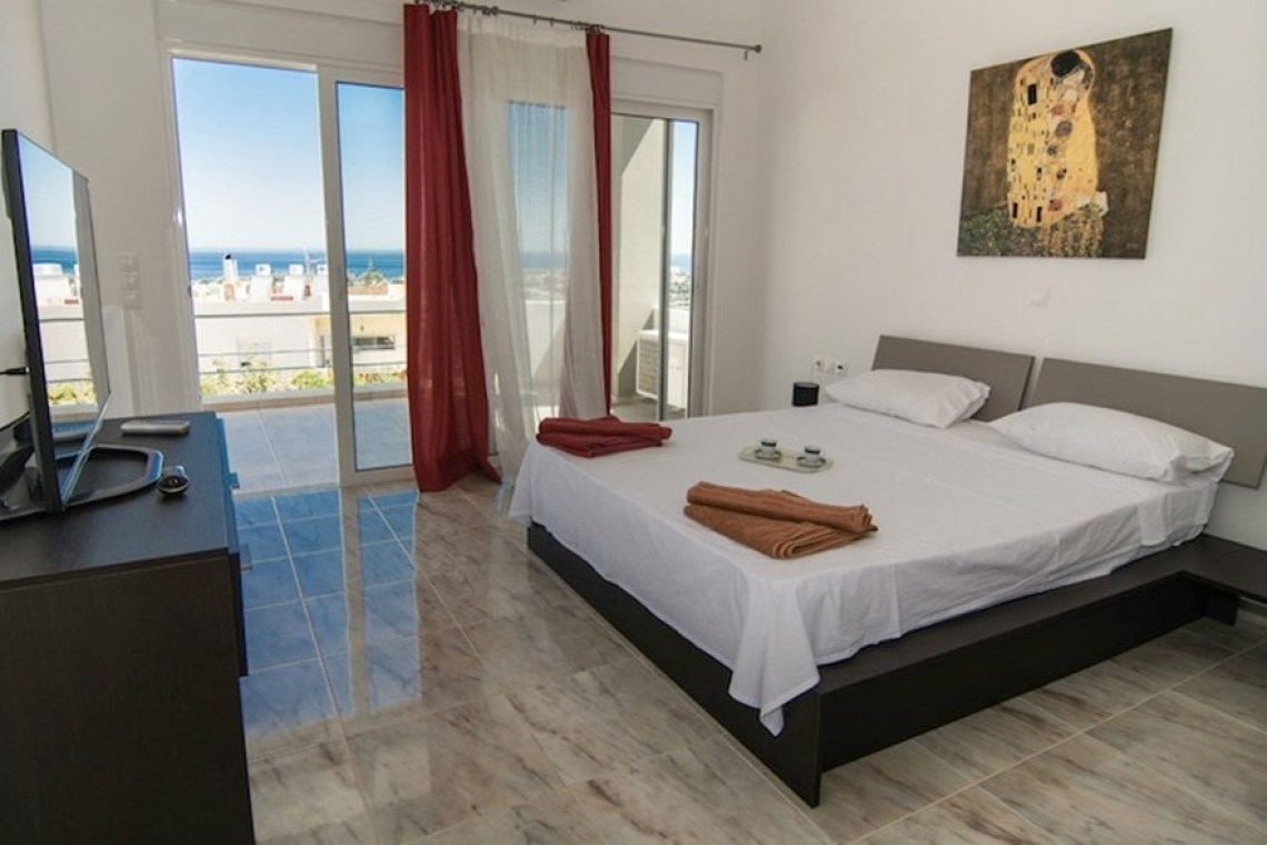 accommodation for families chania crete family pool villa Andreas kids love greece