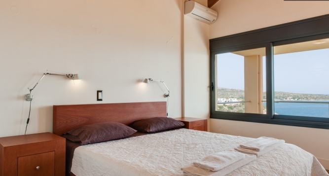 Family Pool Villa in Loutraki Chania Crete
