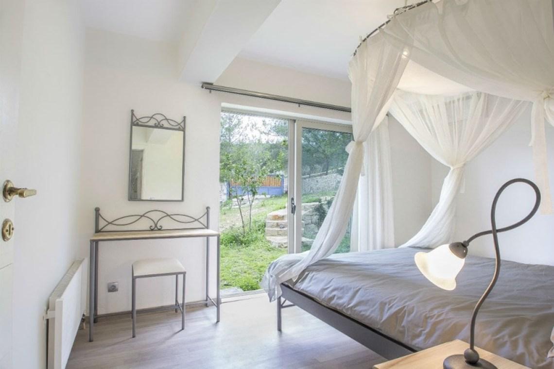 accommodation for families crete family villa ioanna plaka chania kids love greece