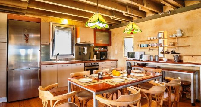 Luxury self-catering artistic family villa close to the beach in Chania