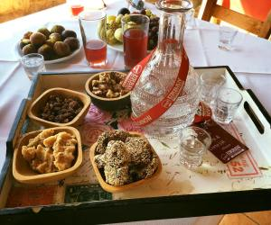 Rethymno Gourmet Family Food Tour
