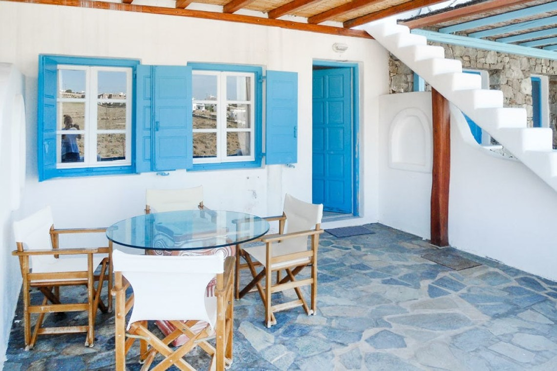 cosy family vacation maisonette in Kalafatis Mykonos island accommodation for families cyclades kids love greece