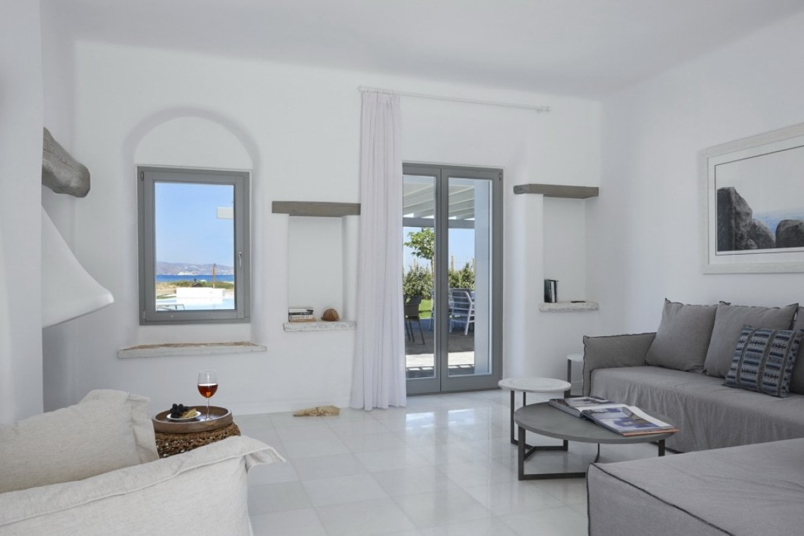 kids love greece accommodation for families plaka south private family villa aqua breeze naxos island