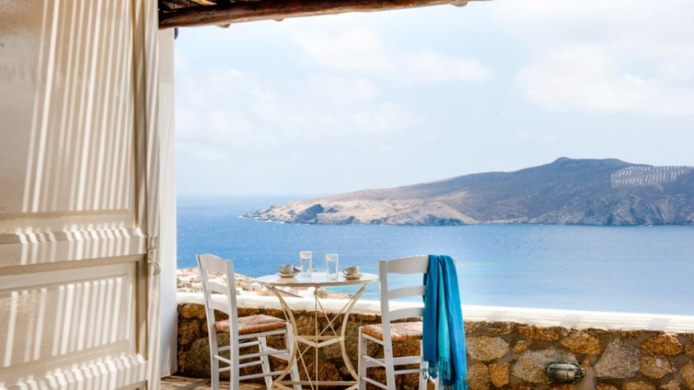 Elegant Family Vacation Villa in Mykonos