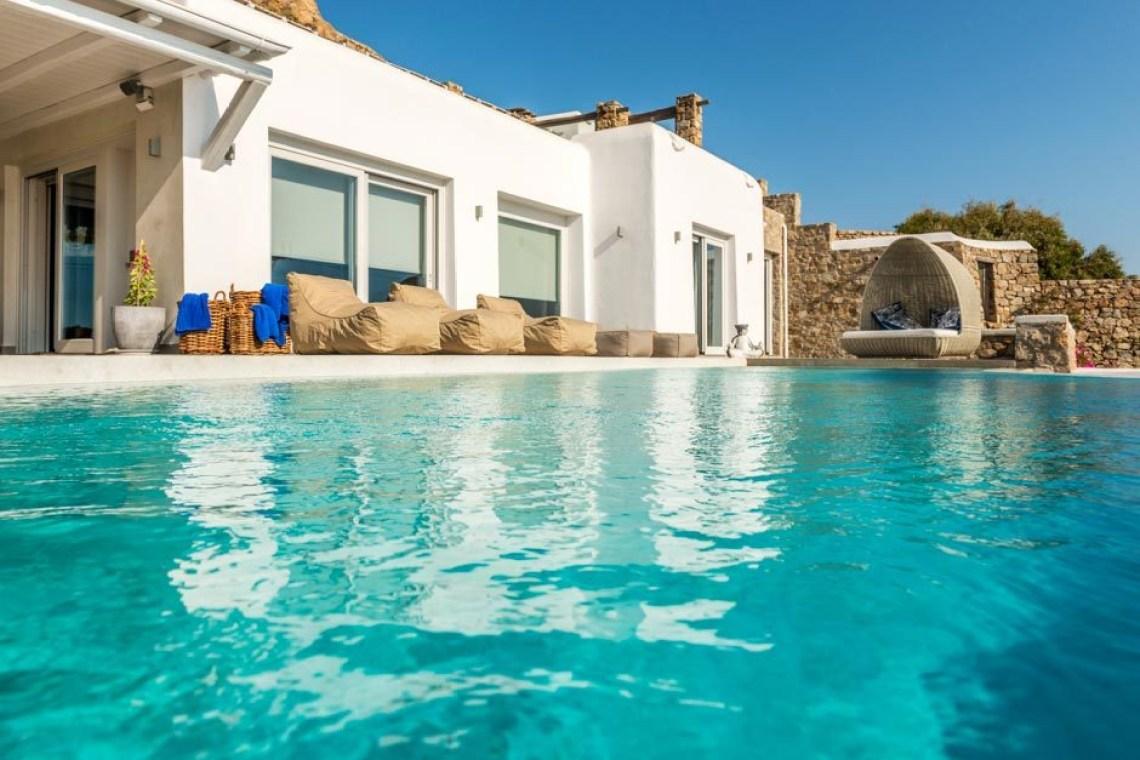 kids love greece Agios Ioannis beach luxury bohemian family villa in Mykonos island the Ioannou residence Cyclades accommodation for families