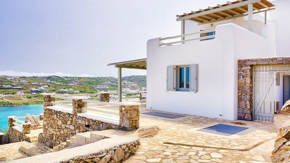 Spacious Family Vacation Villa in Mykonos Island