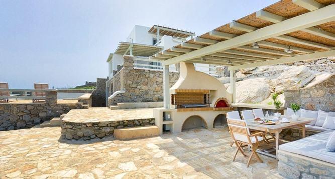 Spacious Family Vacation Villa in Mykonos Island