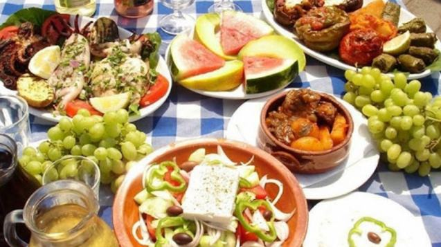 Visit Traditional Villages in Crete And Enjoy Lunch In A Cretan Home