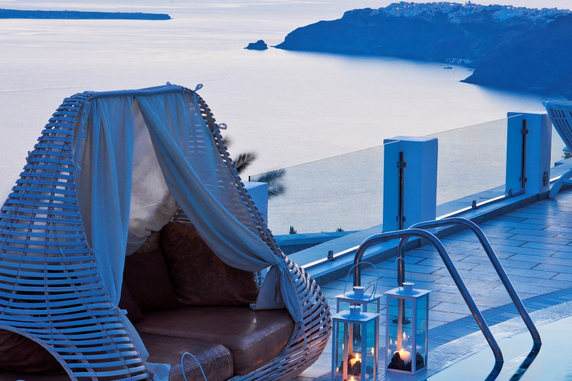 SantoriniPrincessSpa luxury accommodation Cyclades island greece sunset imerovigli Santorini kidslovegreece family holidays