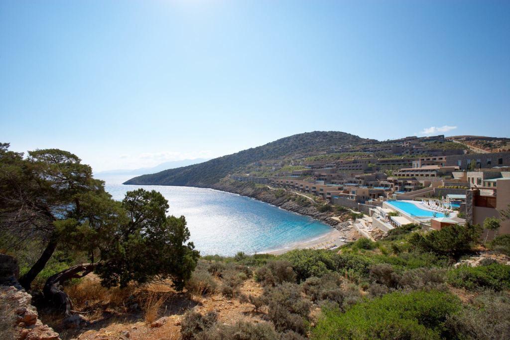 Daios Cove Luxury Resort and Villas-min