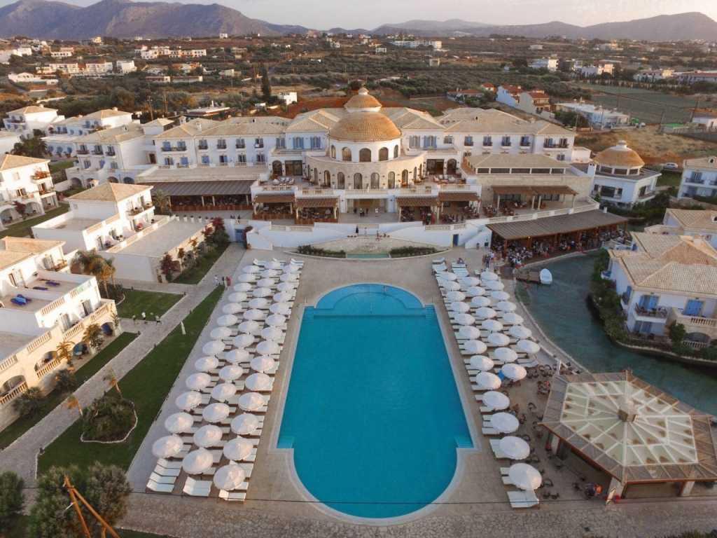 Laguna Resort & Spa-min