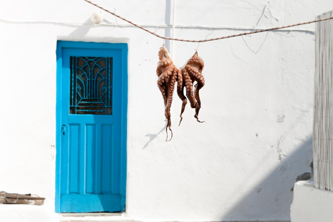Naxos cooking and food tasting tours KidsLoveGreece.com