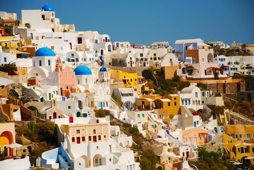 Santorini village with colourful houses KidsLoveGreece.com