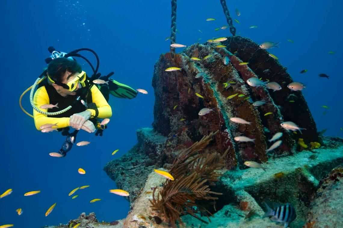 shipwreck diving Greece DP