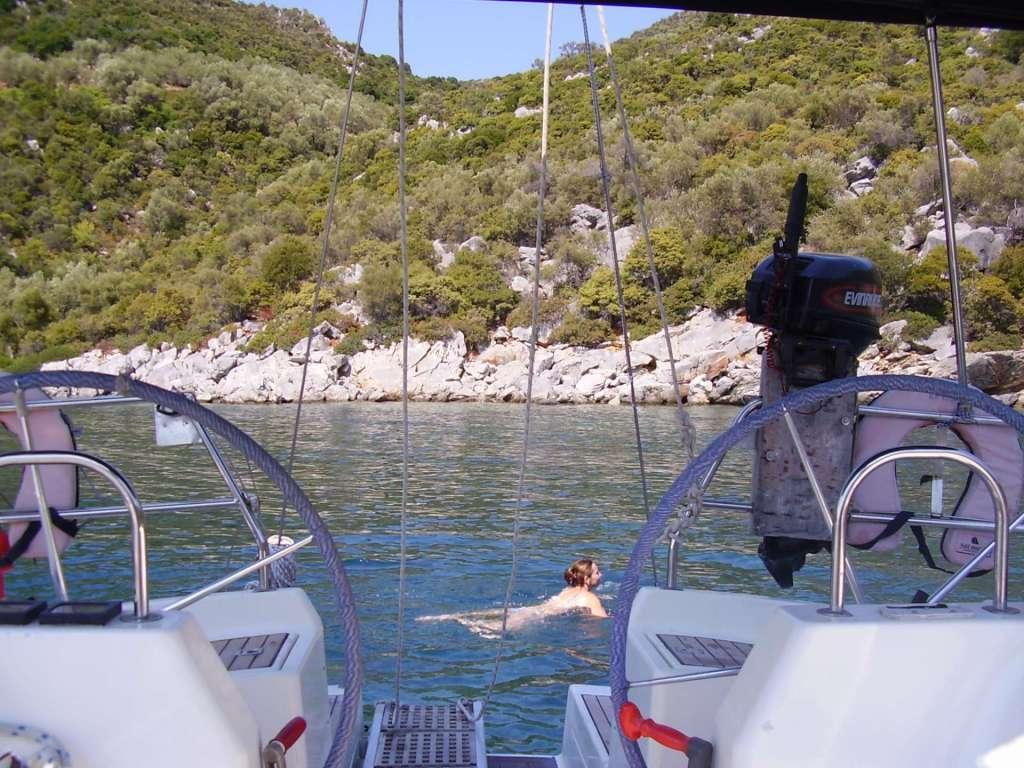 Skopelos BBQ sailing-min