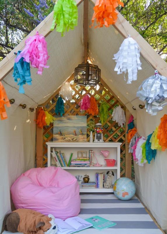 DIY Outdoor Reading Nook For Kids | Kidsomania on Backyard Nook Ideas id=68425