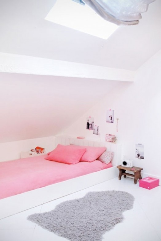 10 Simple And Fresh Design Ideas For Teen Girl's Bedroom ... on Teenage Simple Bedroom Ideas For Small Rooms  id=36691
