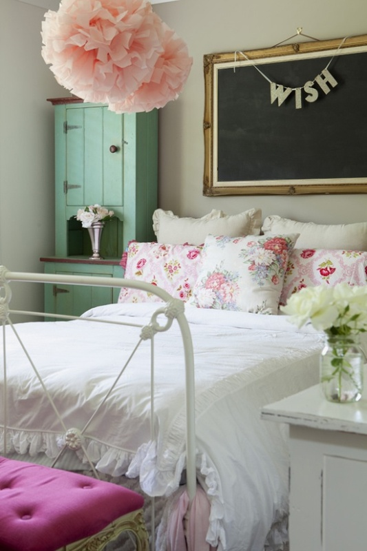 10 Simple And Fresh Design Ideas For Teen Girl's Bedroom ... on Room Design For Girls Teenagers  id=29231