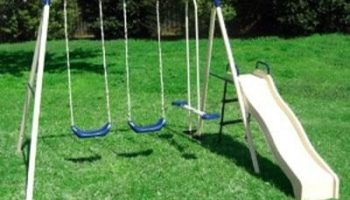 Flexible Flyer Swing N Glide III Swing Set with Plays