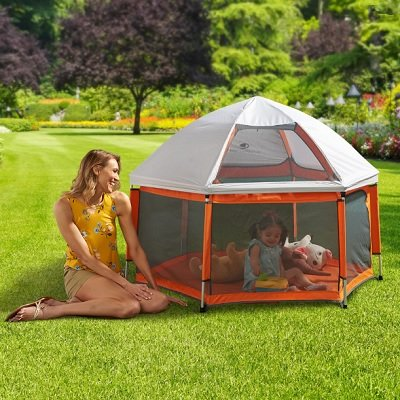 The Instant Sun Protecting Playpen