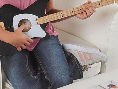 Easy-Chord-Training-Guitar-1