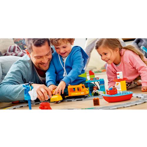LEGO DUPLO Cargo Train1