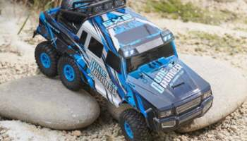 RC-6-x-6-Off-Road-Racer